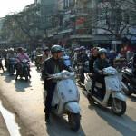 Der Bungee-Jump Hanois oder wie überquere ich eine Straße?
