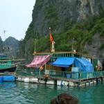 Die schwimmenden Dörfer von Vong Vieng (Halong Bay)