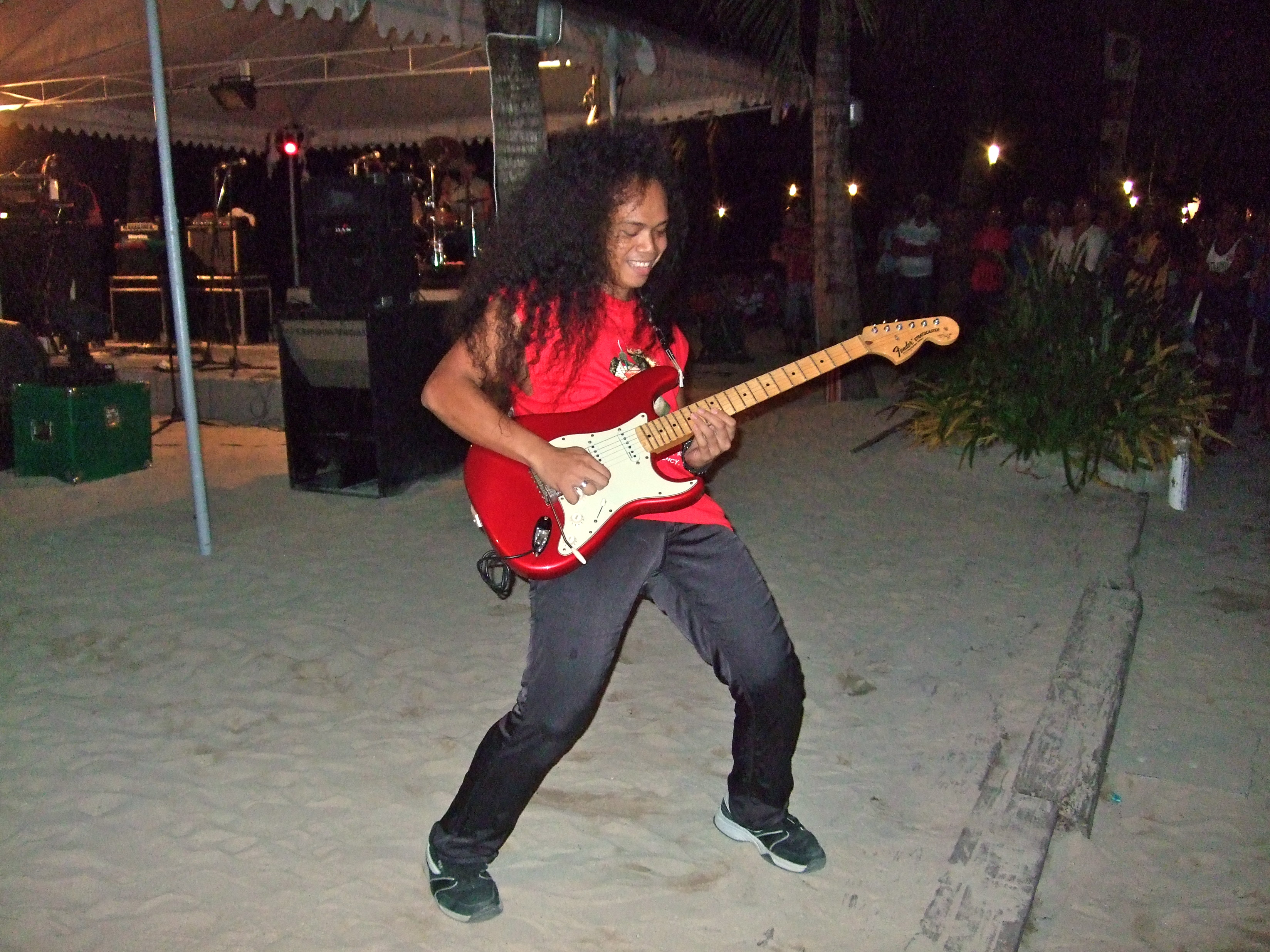 Guns N` Philipinos (Boracay)