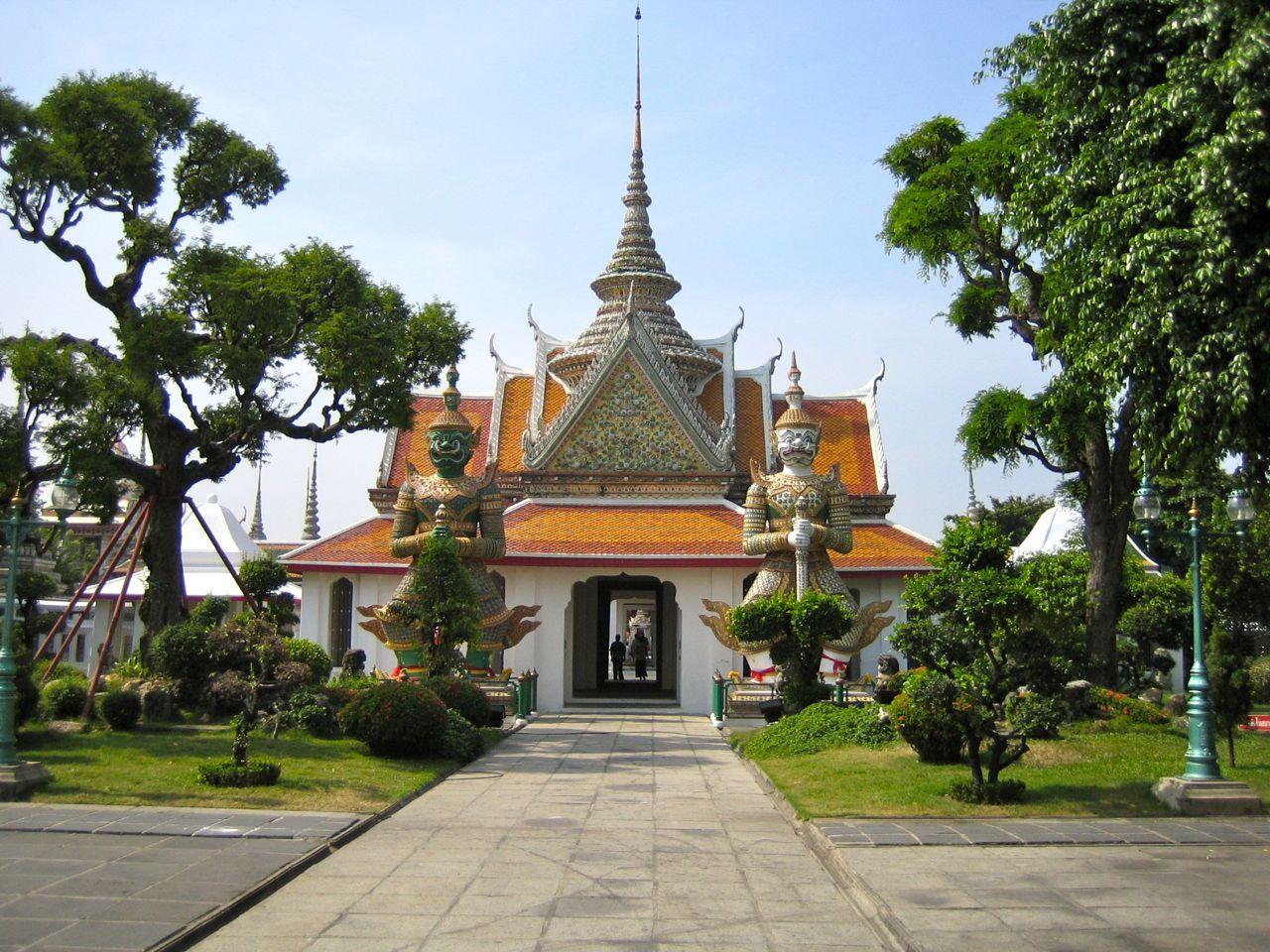 Bangkok – Stadt der Engel alias Dorf im Pflaumenhain alias Smogcity