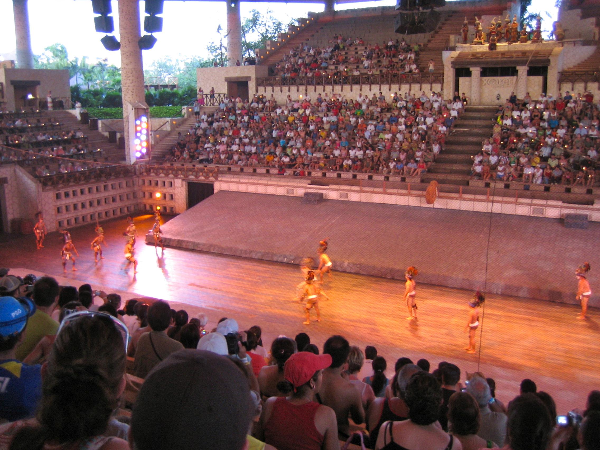 Xcaret – Spektakuläre Maya Show im Wasser-Vergnügungspark