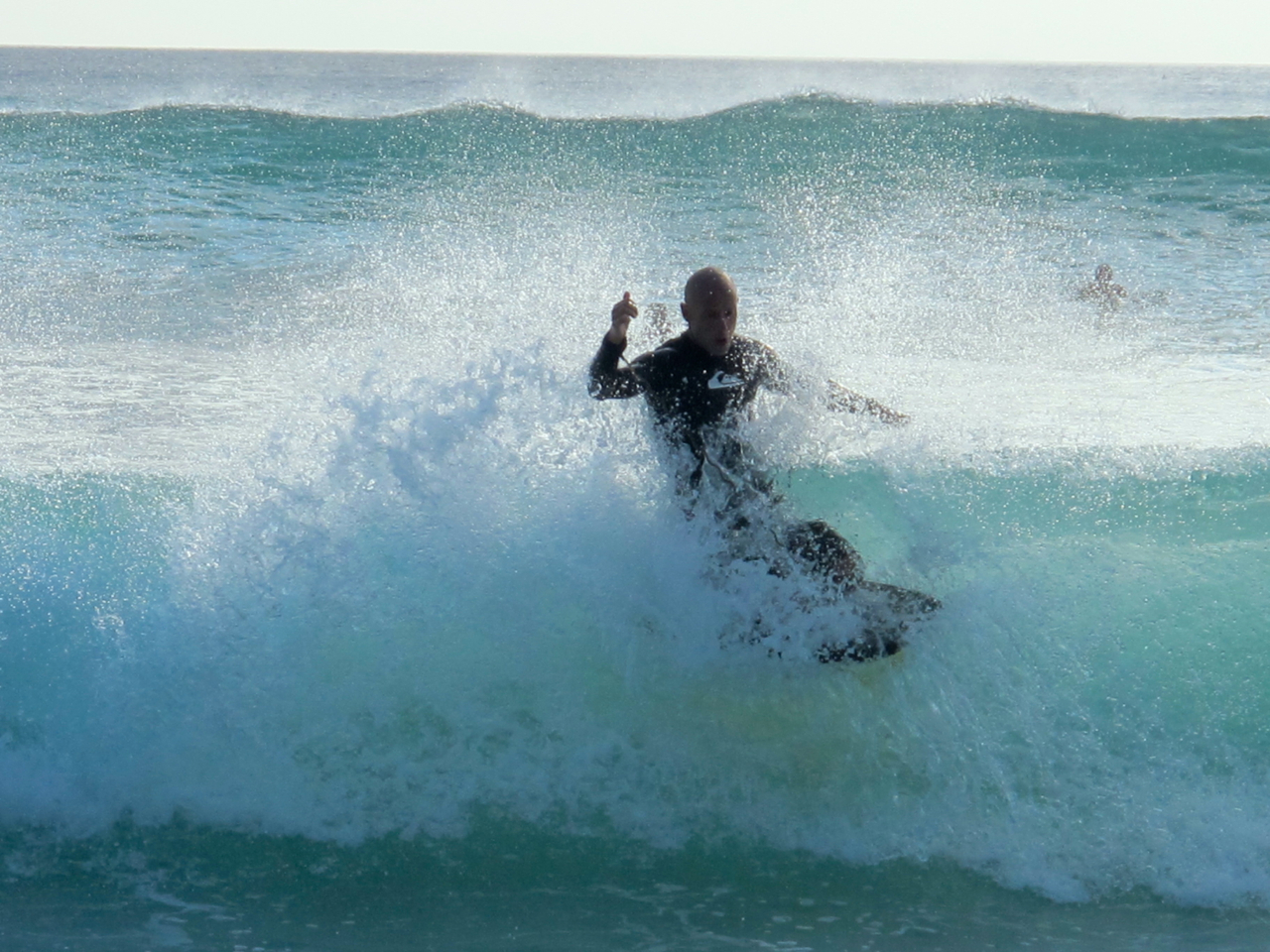 Die Bedingungen für Surfer sind auf Bali perfekt.