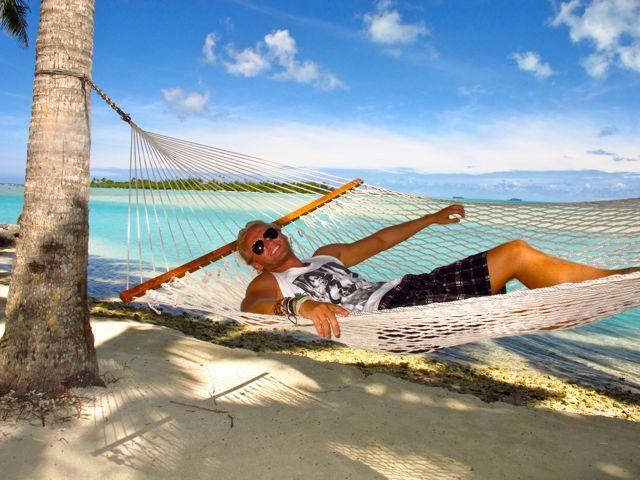 Aitutaki vs. Bora Bora