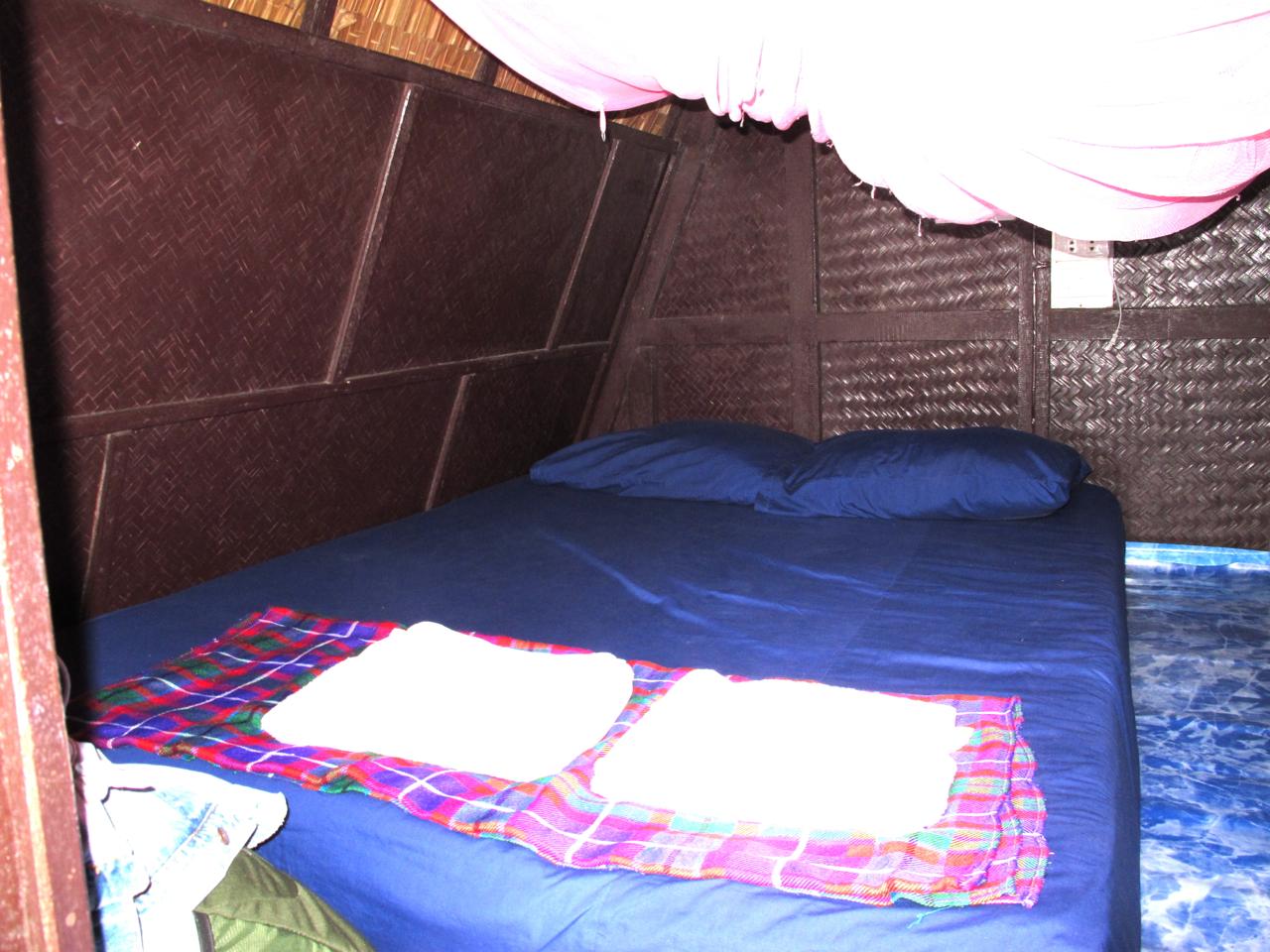 New Hut Bungalow inside