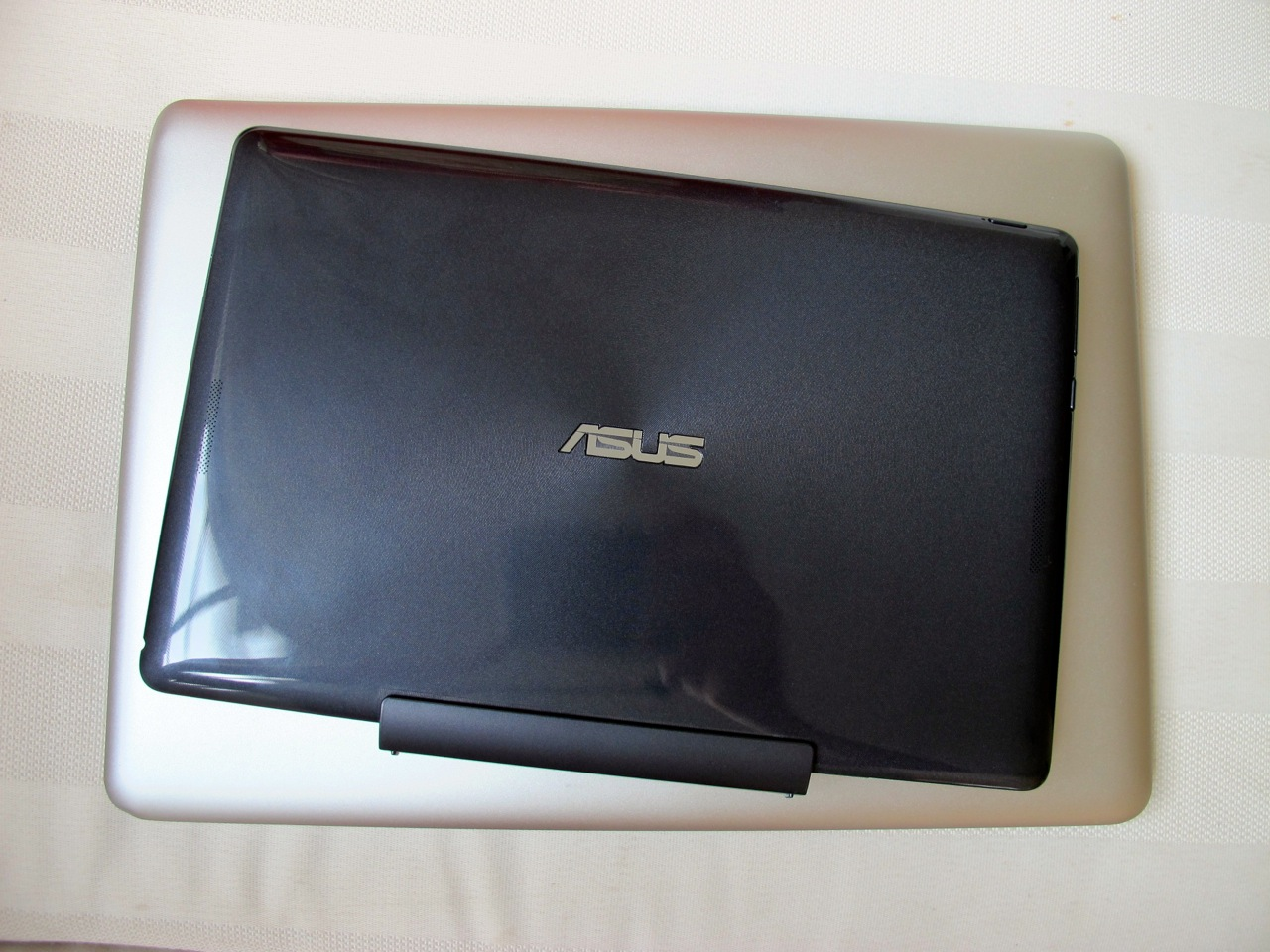 Asus vs. Macbook