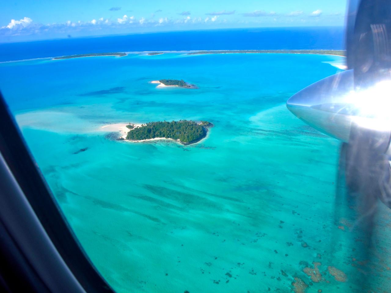 Aitutaki 2 aerial photograph