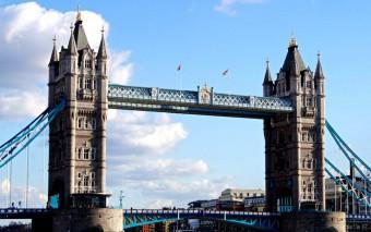 Gewinne eine Reise nach Großbritannien für 3 Personen + 1000 € Taschengeld!