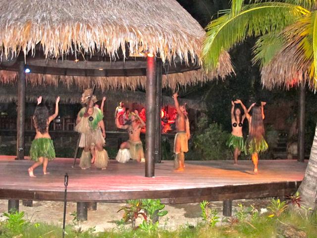Die Island Night auf Rarotonga, Polynesische Kultur und Tänze.