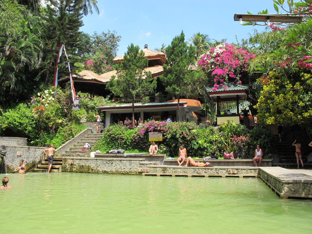 Die heissen Quellen von Banjar sind ein beliebtes Reiseziel für Spa-Reisende.