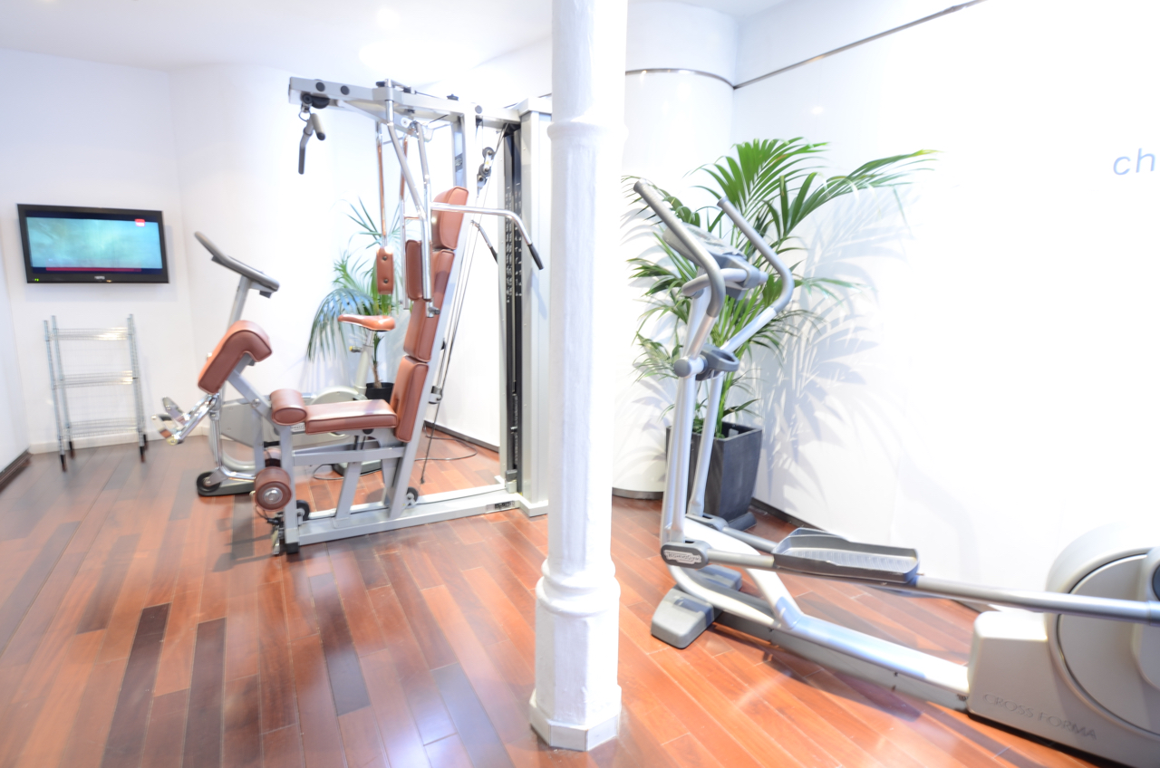 Small gym at the hotel, in case you did´t walk enough through Barcelona city already.